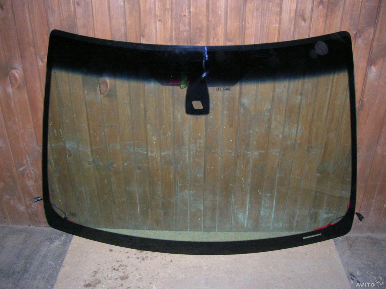 Как остановить трещину лобового стекла самостоятельно